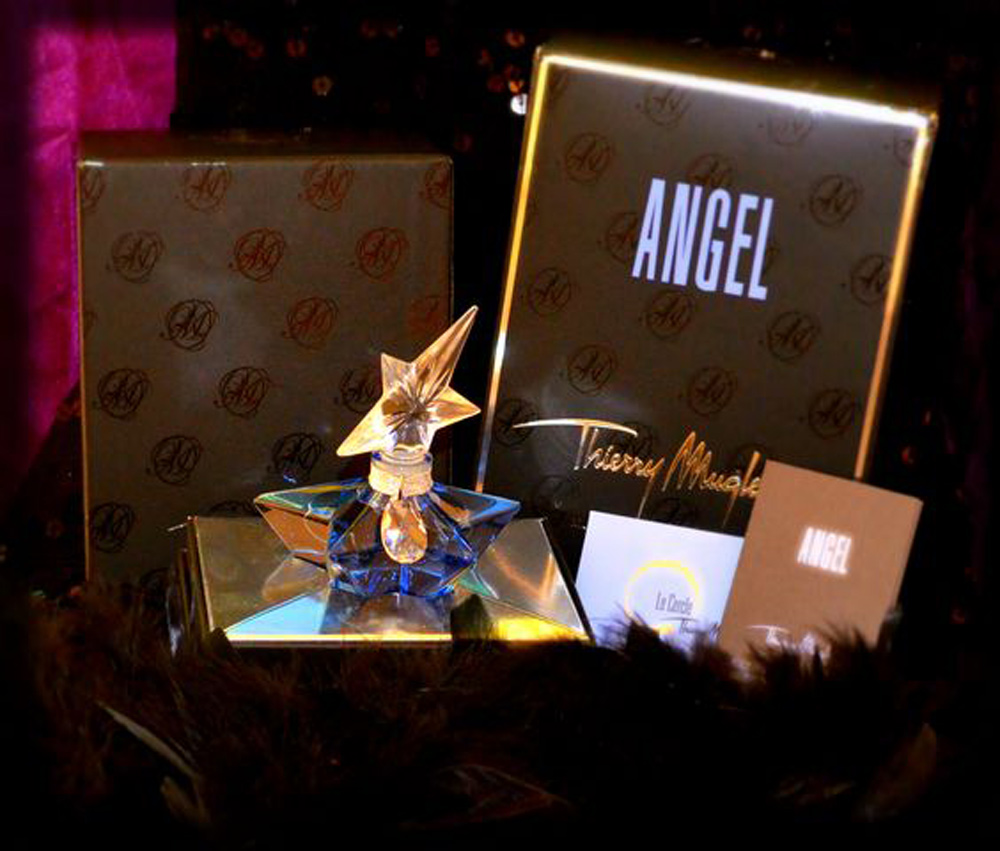 Thierry Mugler Angel 20 Years Perfume Collector's Limited Edition Bottle 2008 Superstar Deluxe Palace Collection Extrait de Parfum 2009 Box Swrovski