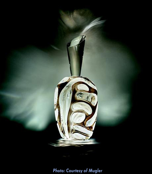 Thierry Mugler Angel Perfume Collector's Limited Edition Bottle 2018 2017 Clouds Cloud Egg Eggs Nuages Unique Art hand Glass Mouthblown Jean-Jacques Urcun Frederic Alary Advertisement White Silver Swils