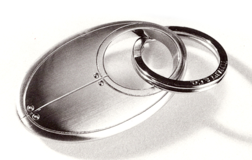 Tiffany & Co. Streamerica Curviline Oval Key Ring in Stainless Steel