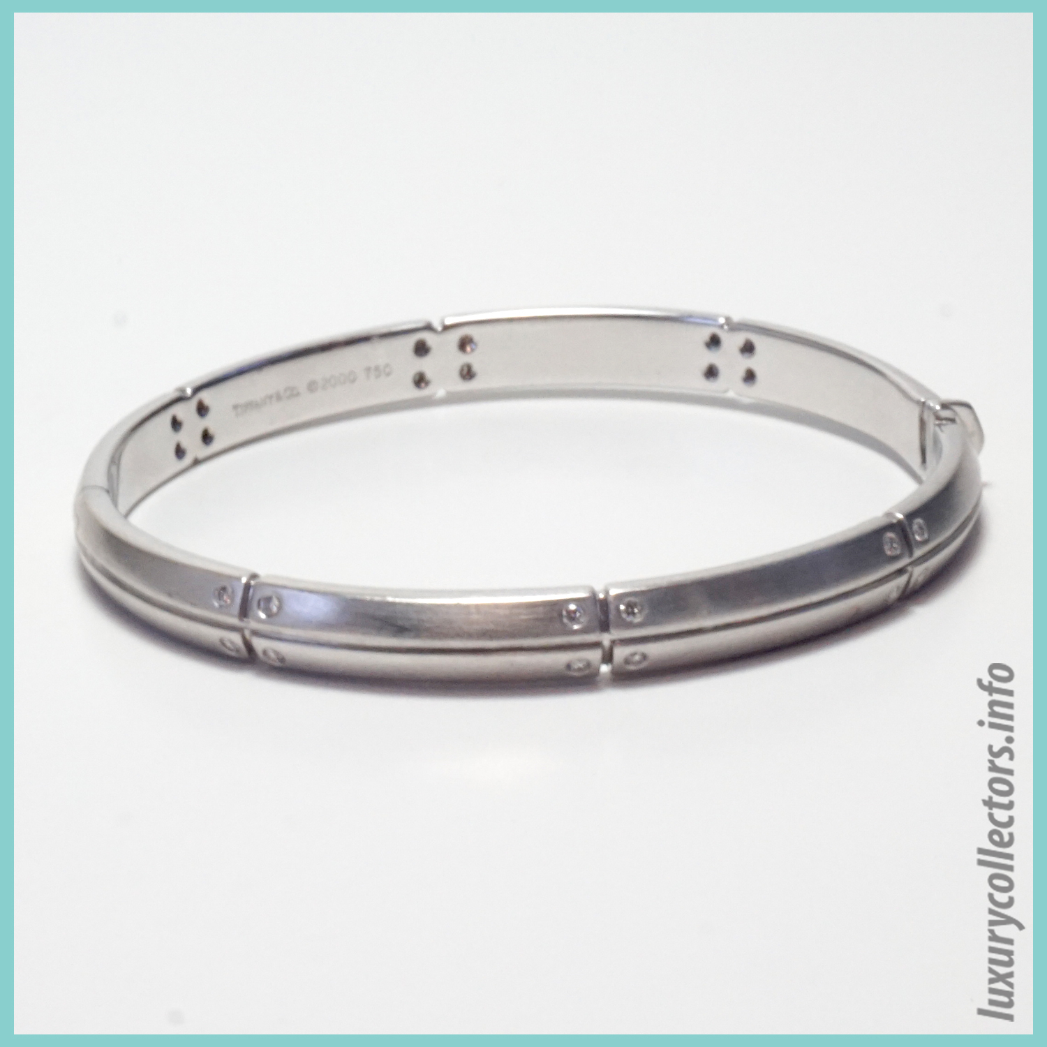Tiffany & Co. Streamerica 18K White Gold Collection Diamonds 2000 2002 Bangle Bracelet Stamped Closed