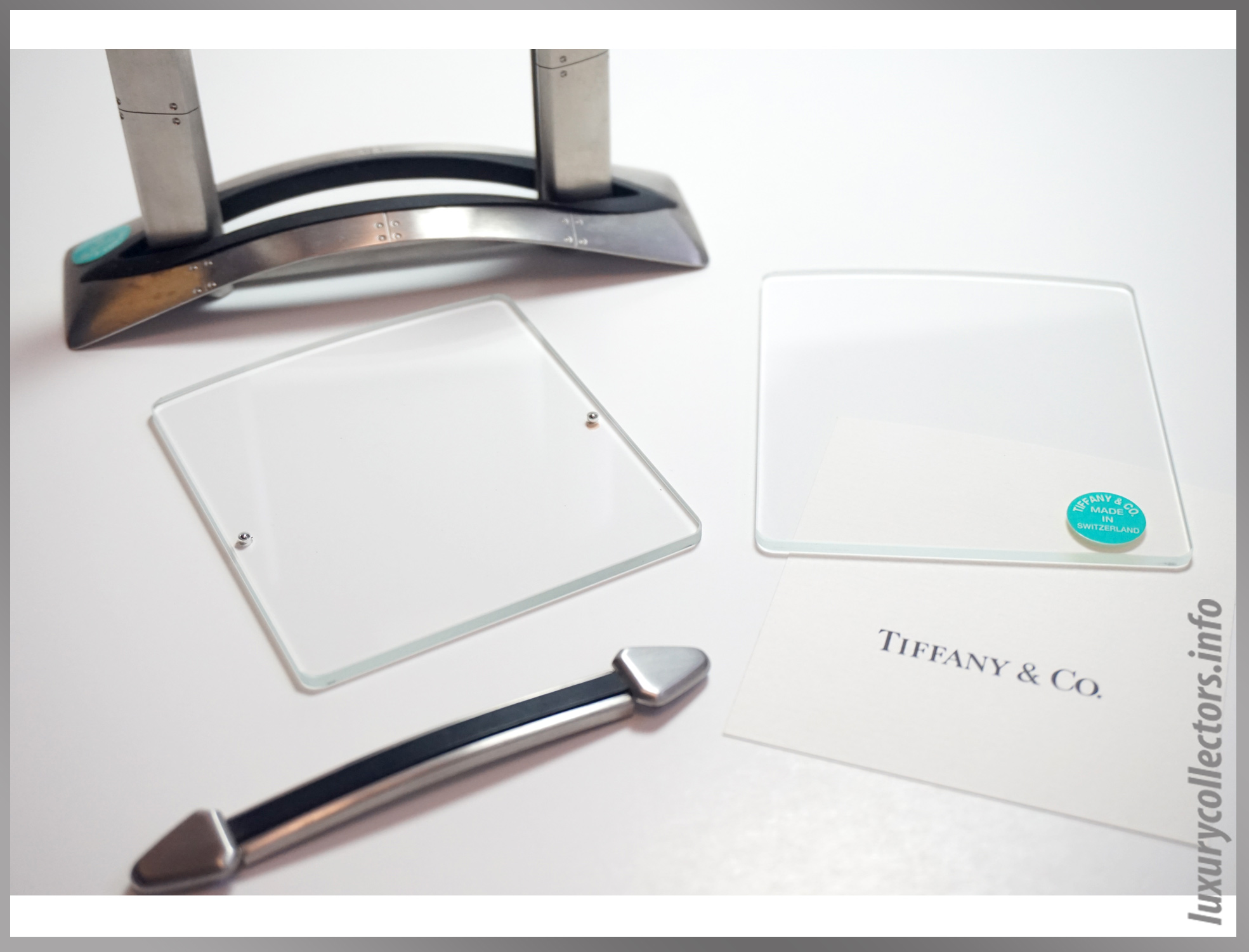 Tiffany & and Co. Streamerica Stainless Steel Airframe Picture Photo Frame Medium Swiss Made in Switzerland Detailed logo glass panels