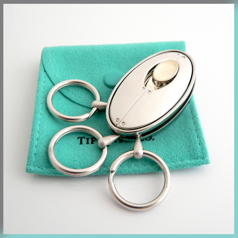 Oval Keychain Valet Key Ring Tiffany & and Co. Streamerica Sterling Silver Collection 2002 .925