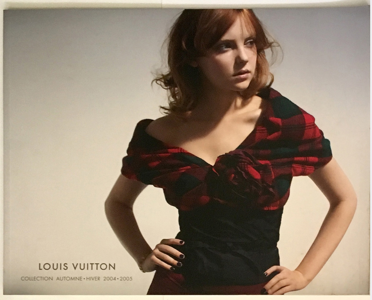 Louis Vuitton Paris Fashion Catalog Fall Winter Pret a Porter Ready to Wear RTW Cover Automne - Hiver Marc Jacobs Woman Femme Donna 2004 - 2005