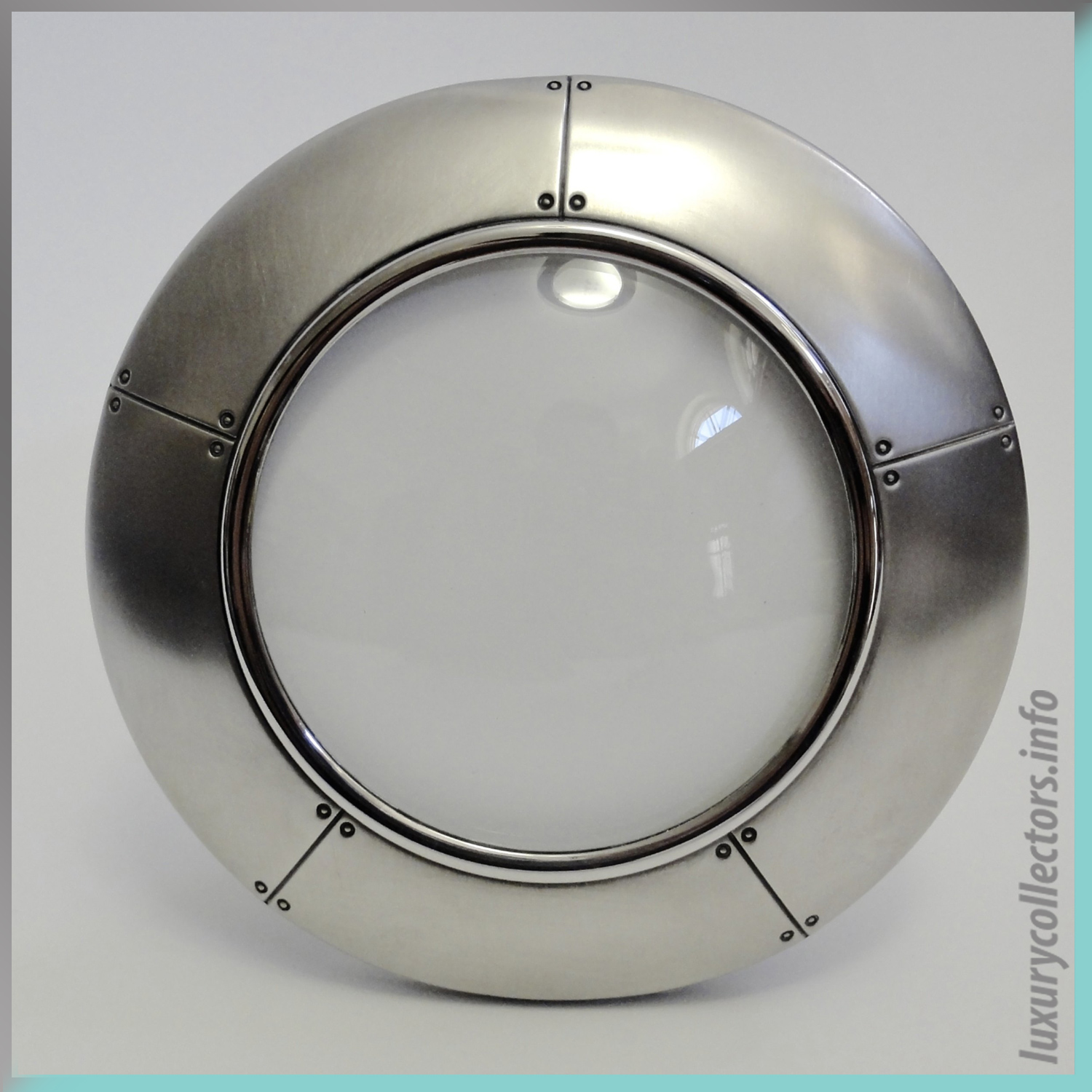 Round Picture Frame Photo Travel Tiffany & and Co. Streamerica Sterling Silver Collection 2002 .925 Glass Front